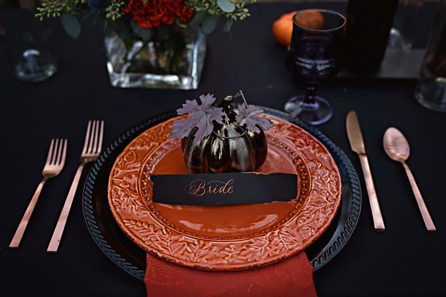 black pumpkin place setting