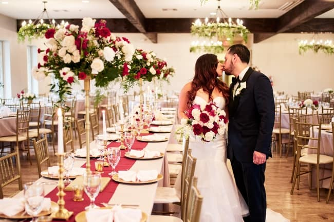 A White Oaks Wedding Day in Texas hero