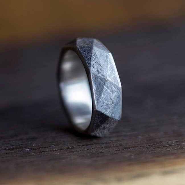Faceted Style Men's Band