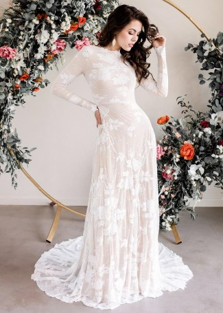 5 Dreamy Boho Dress Ideas For Your Wedding