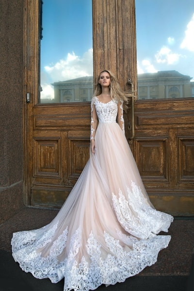 5 Lace Wedding Dresses To Fall Hopelessly In Love With