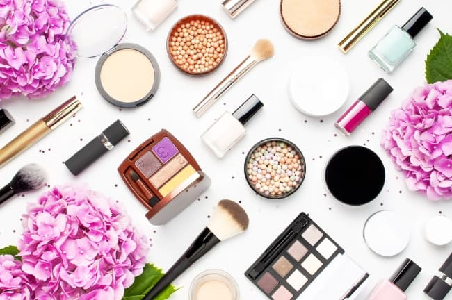 Best Organic Makeup Brands 2021