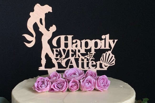 little mermaid cake topper feature