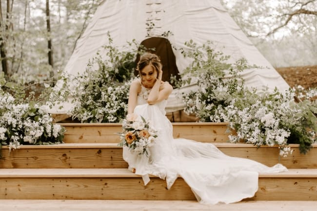 Soft, Intimate & Vintage-Inspired Styled Woodland Wedding feature