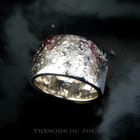 rustic mens wedding band in platinum