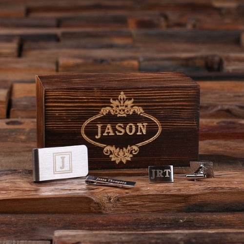 Engraved Groomsmen Gift Set with cufflinks and money clip