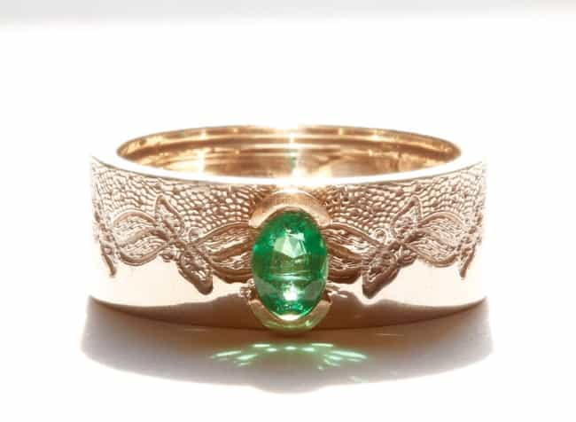 Lace Pattern Emerald Engagement Ring in gold