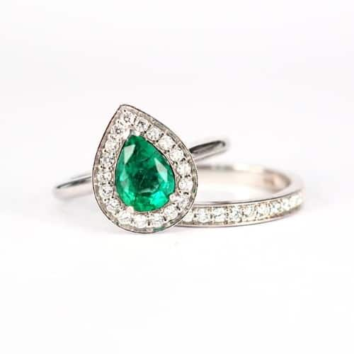 Pear-Cut Emerald and Diamond Engagement Ring Set