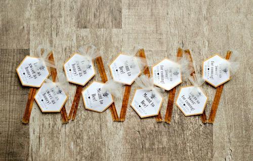 honey sticks with wedding favor tags