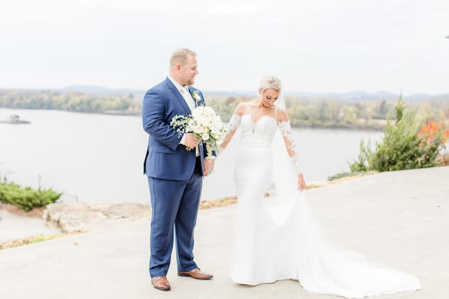 Lakeside Autumn Wedding at Hermann Hill Feature