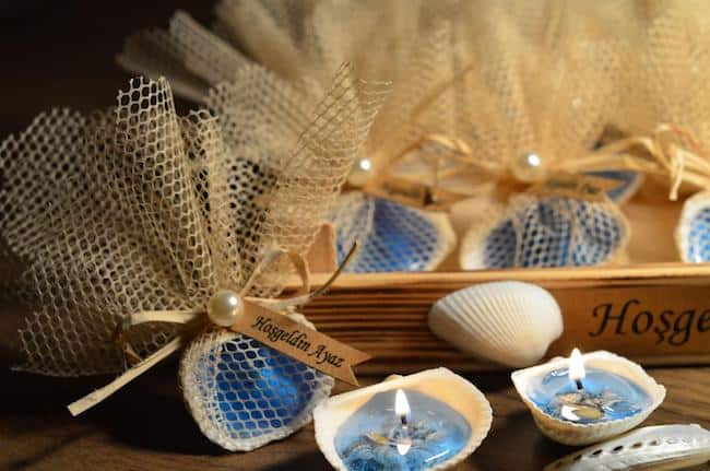 seashell gel candle favors in burlap