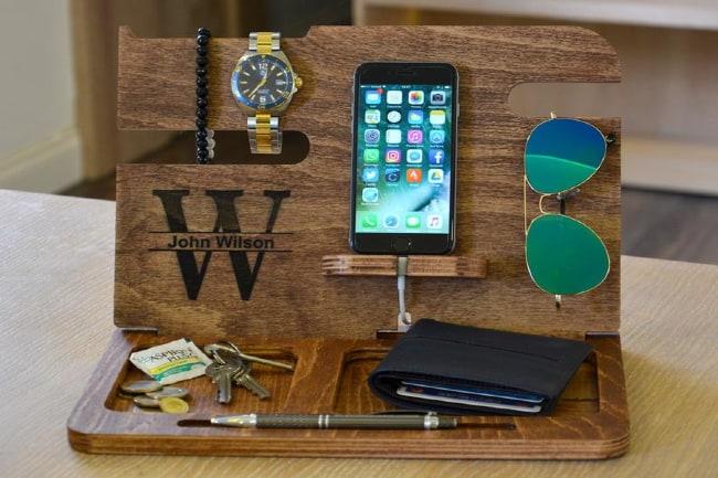 Men's Wood Phone Organizer