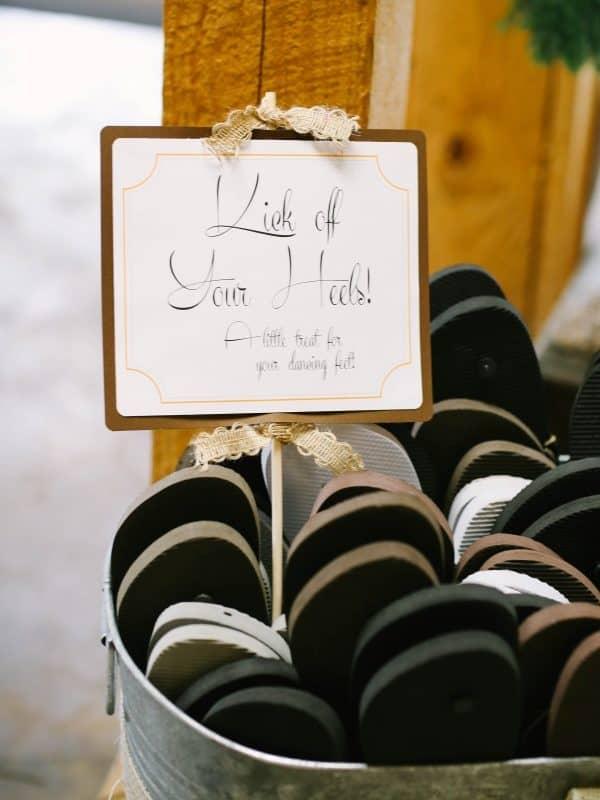 flip-flops wedding favor