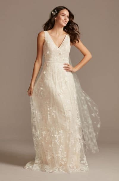 11 Perfect Wedding Dresses For A Second Trip Down The Aisle,Fitted Simple Wedding Dress Ideas