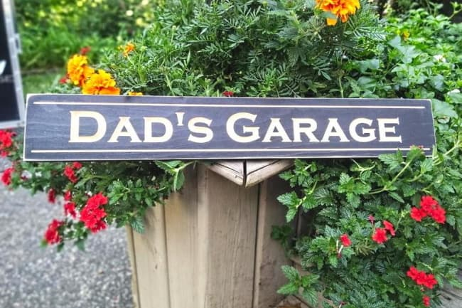Personalized Wood Sign 'Dad's Garage'