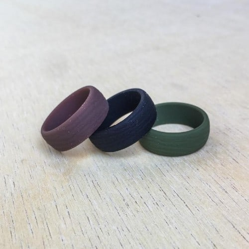 silicone ring witgh wood grain effect