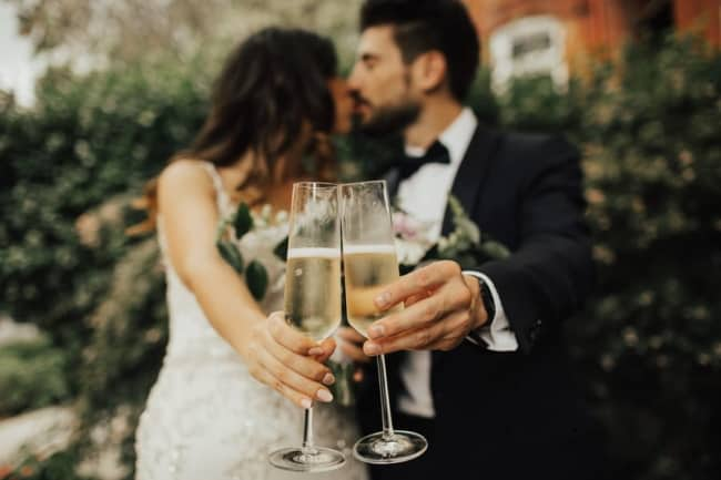 sparkling wine for wedding