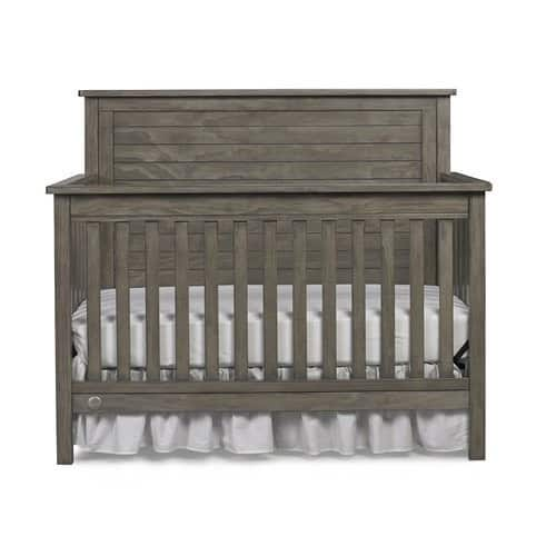 Fisher-Price Quinn 4-in-1 Convertible Crib