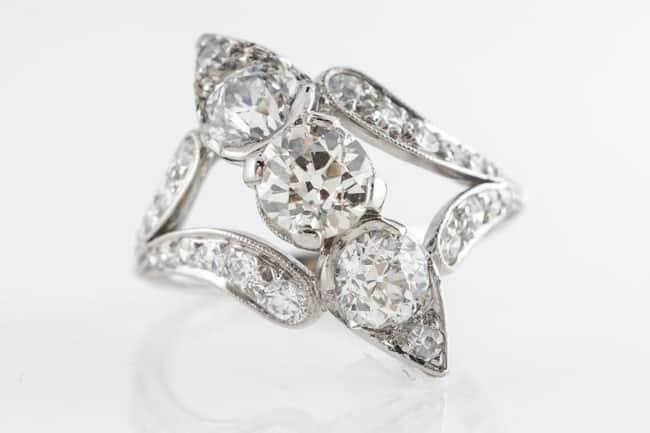 Petri Art Deco Platinum Diamond Ring