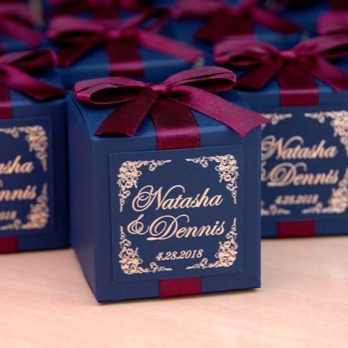 Wedding bonbonniere with gold foil personalized