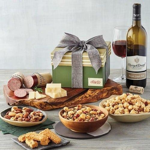 Wine & Snacks Gift Box